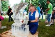 piknik rzeźbienie w lodzie